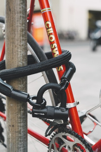 zabezpieczenie roweru przed kradzieżą
